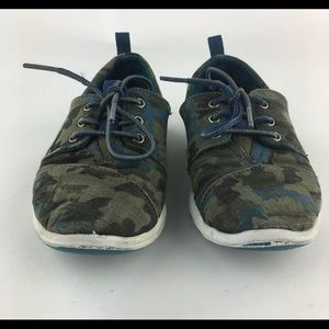 Olive Green Camouflage Canvas TOMS Laced Sneakers